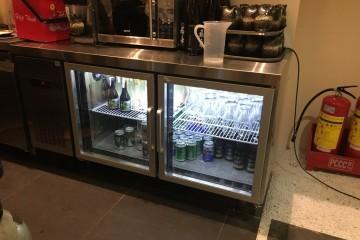Cách nhận biết sản phẩm bàn lạnh kém chất lượng